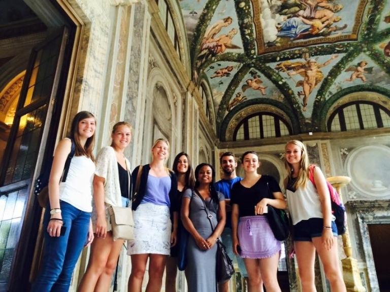 JCU - study art history in Italy