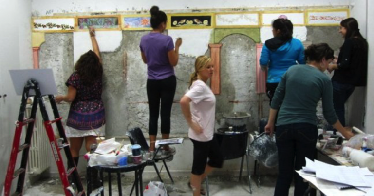 JCU students begin painting their frescoes