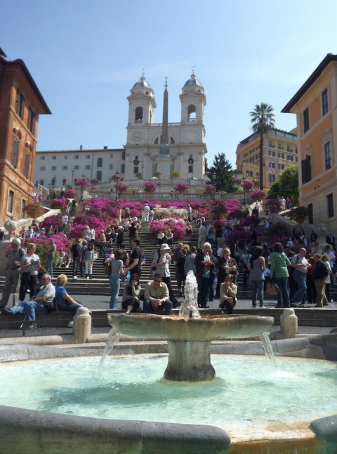 JCU students revisit the Spanish Steps during the spring for an unforgettable sight