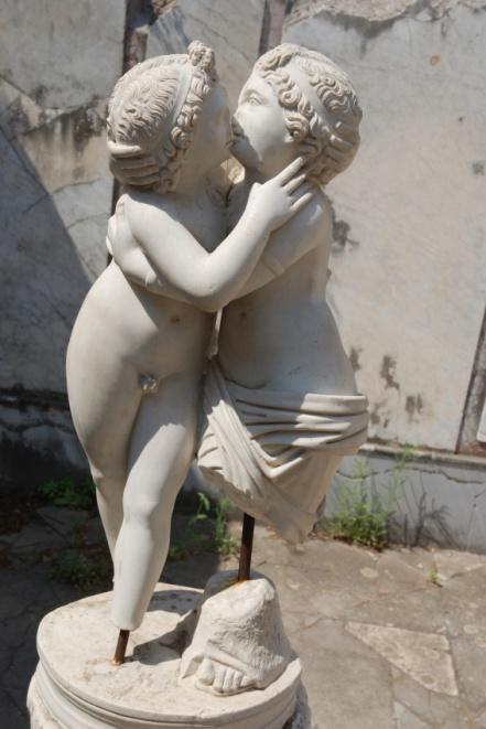 JCU students can appreciate ancient art featuring Cupid and Psyche
