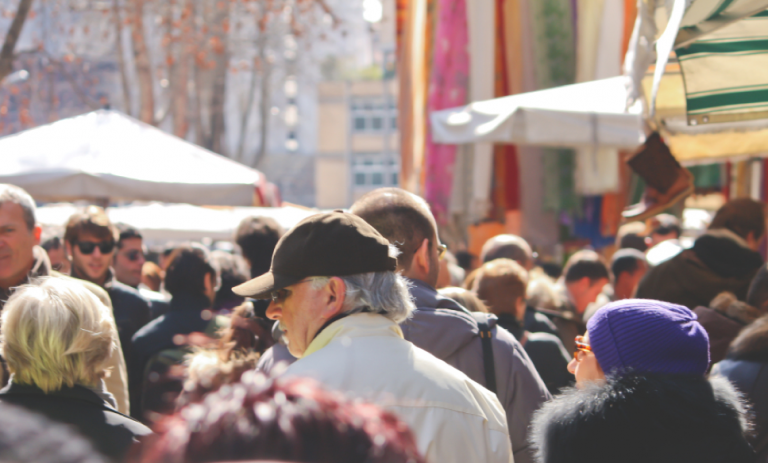 Porta Portese Market can get busy, so students should arrive early to grab the best items