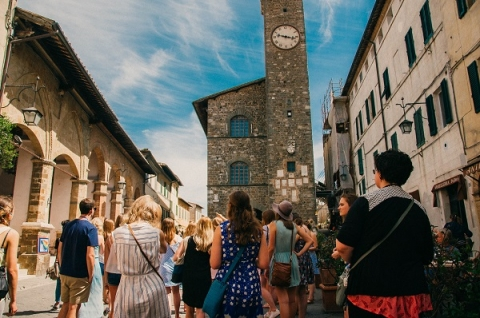 When you study abroad in Italy, you'll be able to experience the country's rich history firsthand