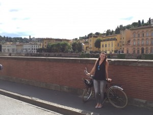 Riding bikes on the Ponte Vecchio, The Duomo, A Weekend in Florence, study abroad in Rome, American universities in Italy, JCU weekend trips, traveling around Europe as a study abroad student