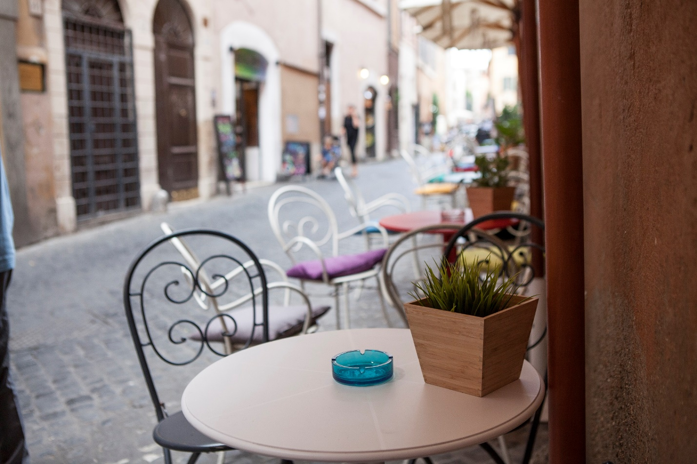 3 Authentic Lazio Desserts to Try While You Study in Italy, jcu food tour, Italian food, study abroad in Rome, roman desserts, Trastevere cafes
