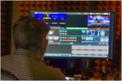 Communications students get experience using software such as Final Cut Pro X