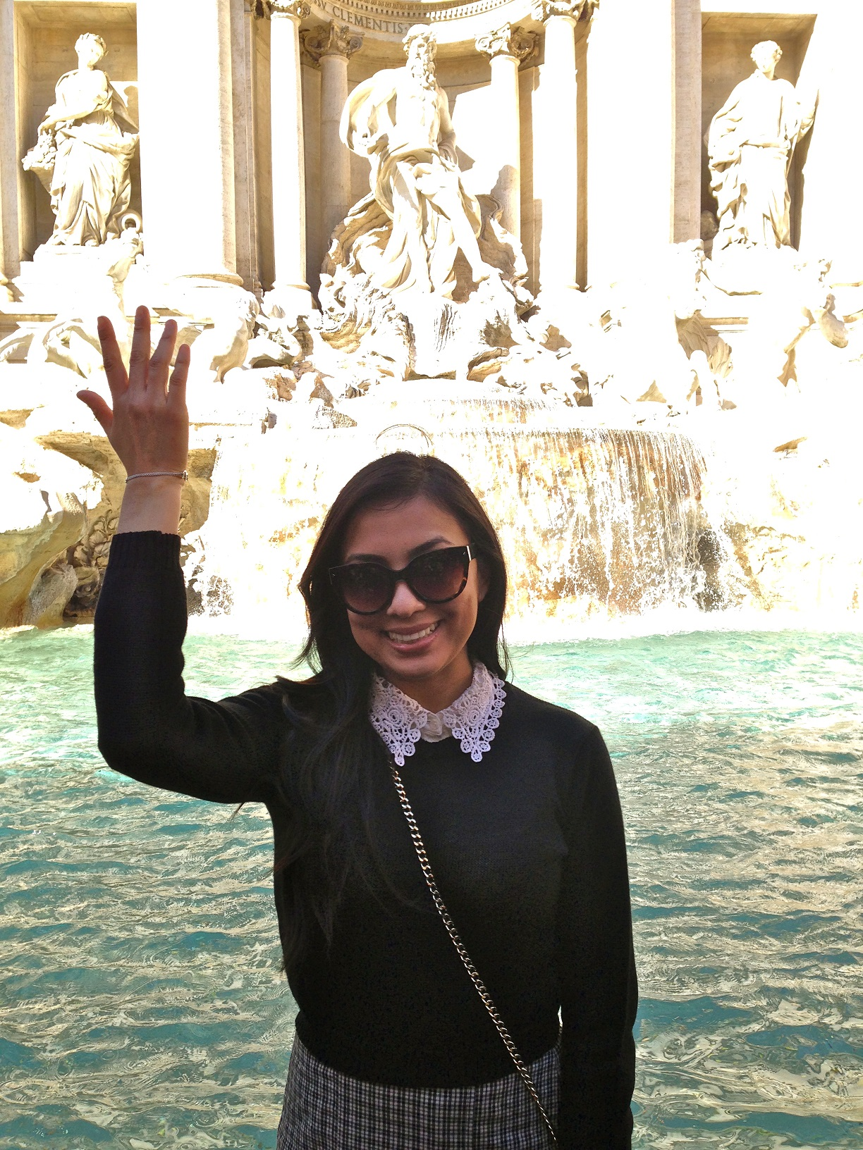Study Abroad in Italy, international universities in rome, traveling rome as a student, iconic places to visit in rome, iconic places close to john cabot campus in rome, trastevere, trevi fountain