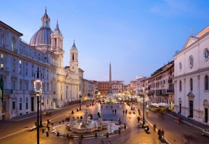 piazza navona, jcu chinese speaking students, chinese students in rome, international schools in rome