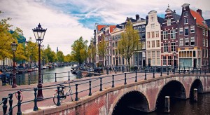 amsterdam, Great Countries to Visit on Spring Break, traveling in Europe in the spring, study abroad students,