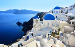 greece santorini, Great Countries to Visit on Spring Break, traveling in Europe in the spring, study abroad students,