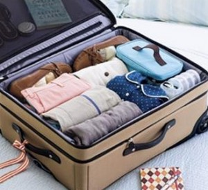 Packing Your Suitcase, packing tips, study abroad in italy, packing tips for students