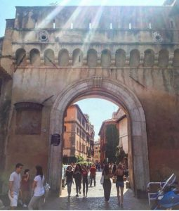 john cabot university, study abroad in Rome, first week back at school, trastevere, JCU campus