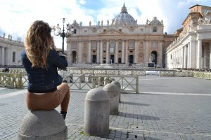 vatican, tourists in Rome, jcu student spotlight, international students in Rome, john cabot university, studying abroad in Rome, british students in Rome
