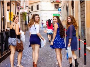 jcu students, john cabot university, rome, trastevere, british students in Rome