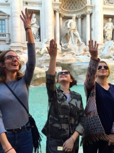 Russian students in Rome, JCU russian students, John Cabot University, students at the trevi fountain