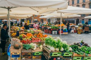 open air market in rome, Italian cuisine, Italian food, food markets in Rome, italian food culture, study abroad in rome, JCU