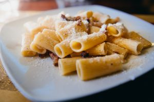 Roman Pasta Dishes You Must Try, study abroad in Rome, study in Italy, Italian food, Italian culture, carbonara