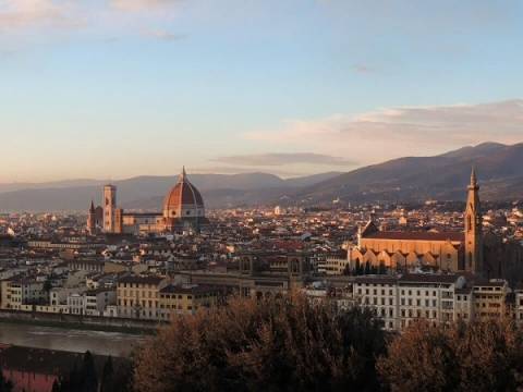 Florence is a short train ride away from the JCU campus in Rome
