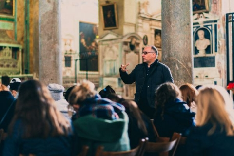 John Cabot University's on-site classes let students experience Italian art and architecture firsthand