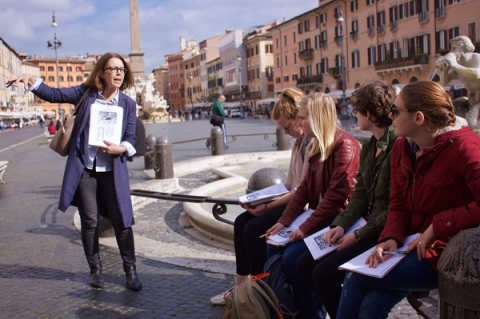 With onsite lectures, Rome really is your classroom at John Cabot University